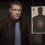 human-target-la-cible-035